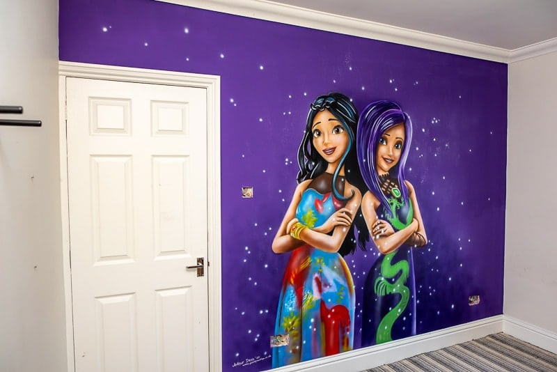Descendants mural after painting