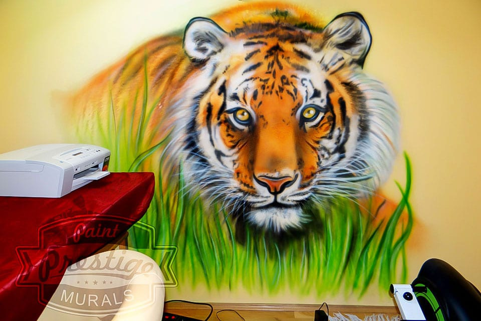 Beautiful tiger mural on the wall
